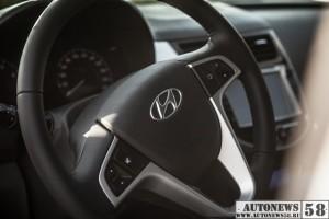 Hyundai-Solaris-Test