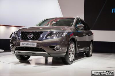 Nissan-Pathfinder-2014-autonews58