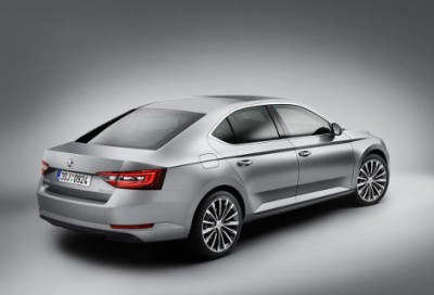 SuperB-new-2015-skoda