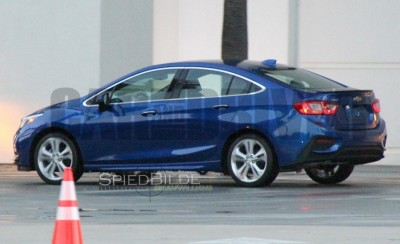 2016-Chevrolet-Cruze-spy-photo-103-876x535
