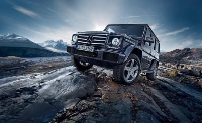 2016-Mercedes-Benz-G500-1011-876x535