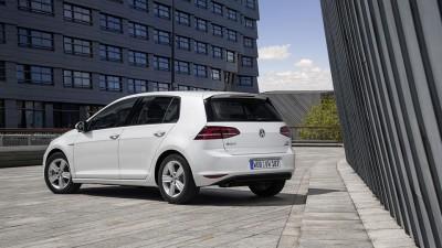 Volkswagen-Golf-motor-2