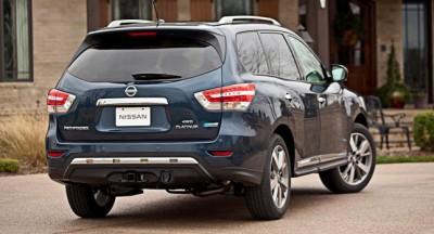 2014-Nissan-Pathfinder-Hybrid-8