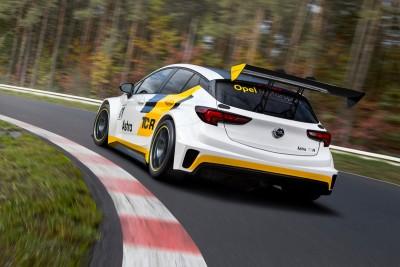 Opel-Astra-racing-2