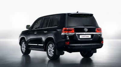 new-Land-Cruiser-200-2