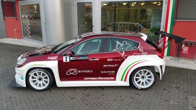 Alfa-Romeo-Giulietta-racing-2