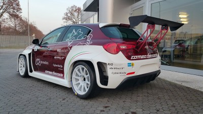 Alfa-Romeo-Giulietta-racing