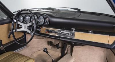 Porsche-911-classic-dashboard-0