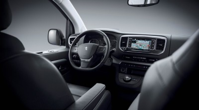 Peugeot-Traveller-3