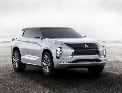 ground-tourer-plug-in-hybrid-vehicle-mitsubishi-1