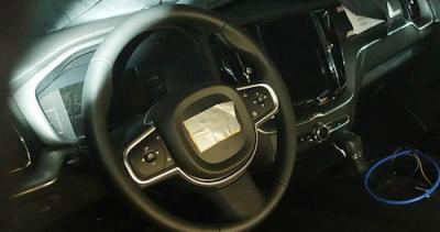 Volvo-XC60-salon