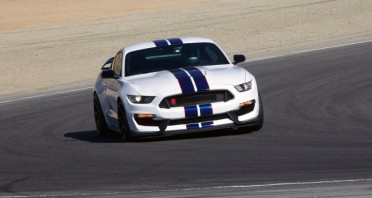 Ford-Mustang-Shelby-GT350-sud