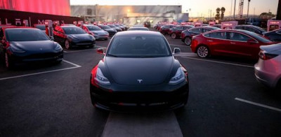 Tesla-model-3-first-deliveries