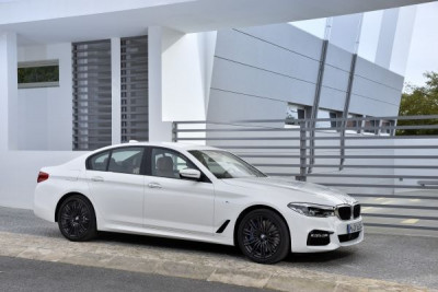 autonews58_the-new-bmw-5-series