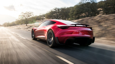 Tesla-Roadster-new-autonews58-2