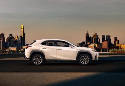 Lexus UX - мировая премьера