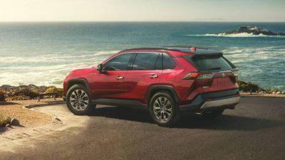 Toyota RAV4 может получить семиместный салон