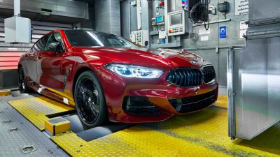 bmw-8-series-gran-coupe-enters-production-at-dingolfing-factory