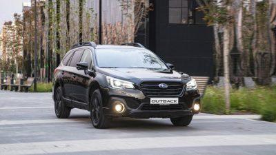 Черный Subaru Outback для России