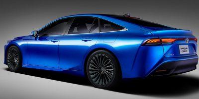 Toyota рассказала о водородомобиле Mirai