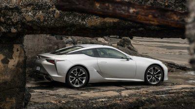 Компания Lexus обновила купе LC500, продажи которого стартовали в 2016 году.
