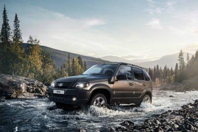 АвтоВАЗ повысил цены на все восемь комплектаций нового внедорожника Lada Niva