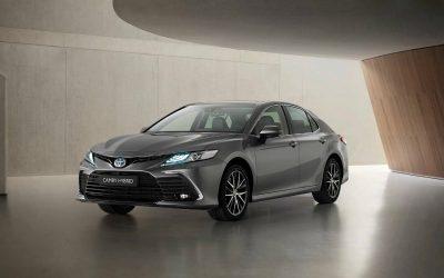 Toyota обновила седан Camry для Европы