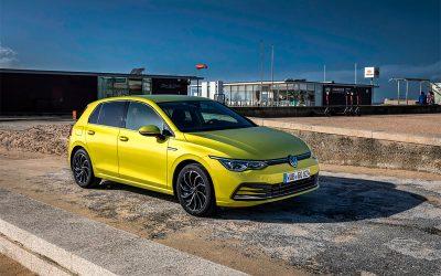 Volkswagen привезет новый Golf GTI в РоссиюРоссийский пресс-офис Volkswagen объявил, что Golf восьмого поколения будет представлен в России в комплектациях Exclusive и, GTI.