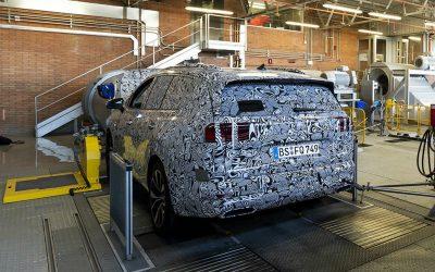 Volkswagen готовит к премьере пятиметровый минивэн-кроссовер