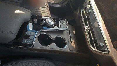 Раскрыт интерьер нового седана Kia K8