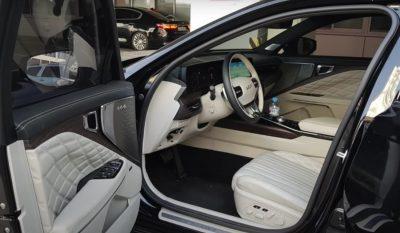 Интерьер нового Kia K8