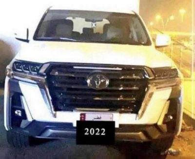 Toyota Land Cruiser 300 рассекретили до премьеры