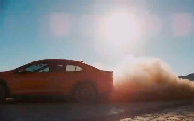 Subaru анонсировала дату премьеры WRX